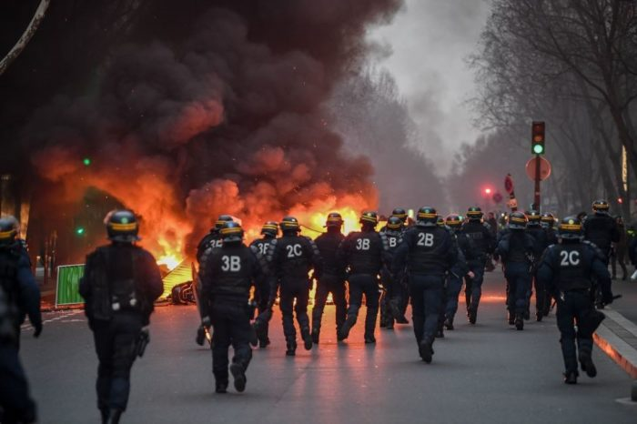 Yellow Vests Return to Paris to Protest Macron's Globalist Government