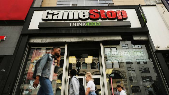 Hedge Fund White Square Capital that bet against GameStop SHUTS DOWN